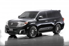 "Расширители колесных арок ""Wald Black Bison"" Toyota Land Cruiser 200 (2012-н.в.) рестайлинг"